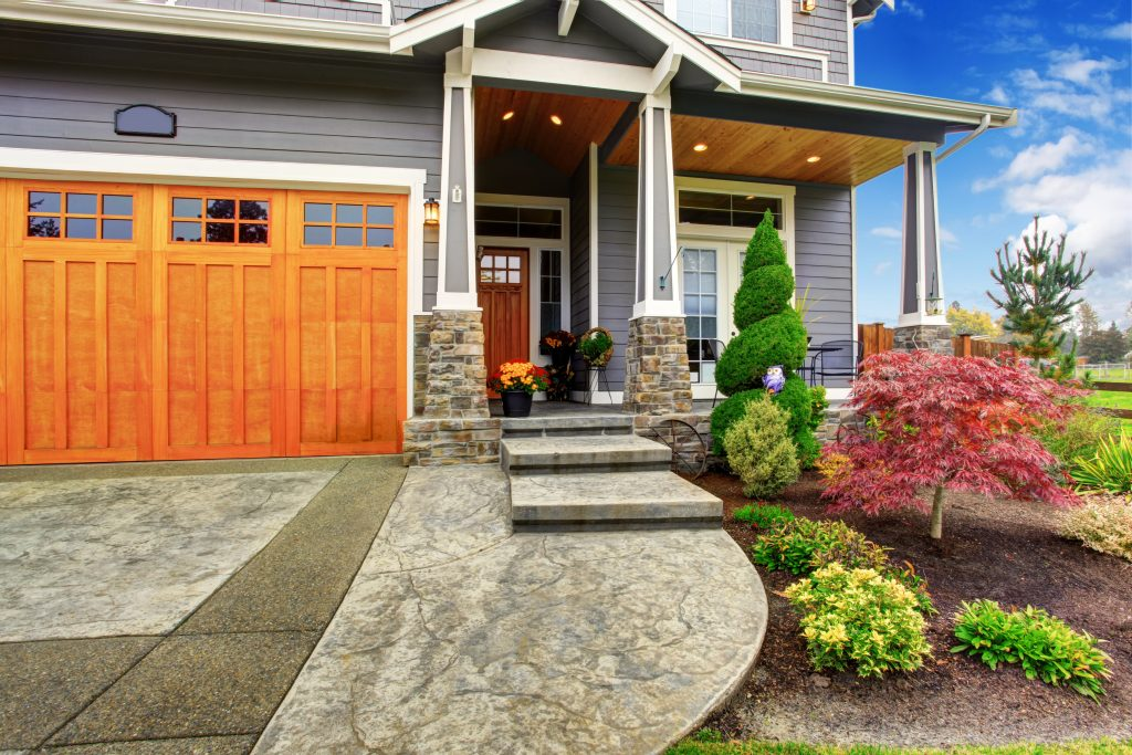 Cost Effective Landscaping To Ready Your Oklahoma Home For Resale Mcgraw Real Estate Blog